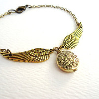 Beautiful Gold Harry Potter Golden Snitch Bracelet