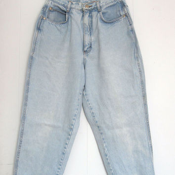 """Vintage Light Wash High Waisted Jeans Tapered Leg 14 Loose Fit Distressed 27"""""""