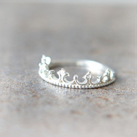 Tiara Ring in sterling silver