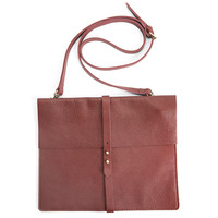 CROSSBODY 'BEST FRIEND' BAG BURGUNDY