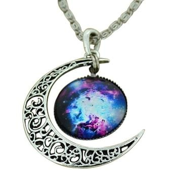 Moonar® Jewelry Choker Necklace Glass Galaxy Lovely Pendant Silver Chain Moon Necklace (Style 1)