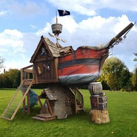 Pirate Hideaway Tree House : Luxury Playhouses at PoshTots