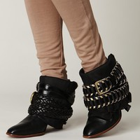 DIY: Luxury Jones inspired boot |