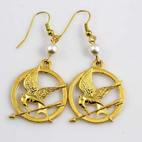 The hunger games inspired pearl earrings gold earrings
