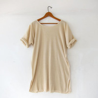 Vintage Express Tricot shirt. Cream Tunic Top. Long Ribbed Shirt. Slouchy Short Sleeve Shirt. Oversized Fit.