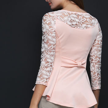 LACE SLEEVE TOP W/ NECKLACE