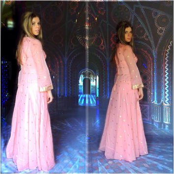 Vintage 60s evening gown / Raj revival hippie dress / Indian sheer silky peach pink gold metallic party frock /