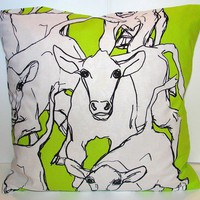 Marimekko Lime Green Iltavilli Pillow Casing by hannasboutique
