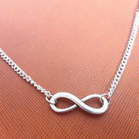 Fashion silver vintage infinity necklace chain necklace women necklace girls necklace Jewelry with silver chain and vintage infinity XL-2662
