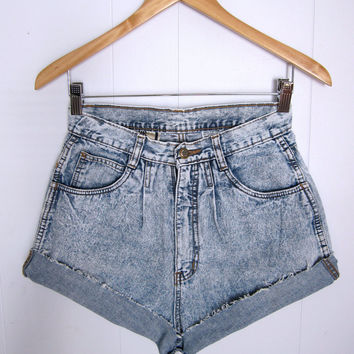 Vtg Light Acid Wash High Waisted Cut Off Shorts Chambray Denim Jean Pleated 27""