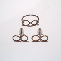 Infinity ring and earrings set, Antique Brass