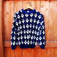 vintage retro geometric sweater. size S to M