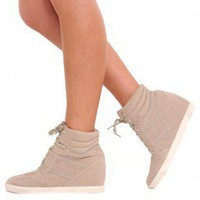 Calie High Top Wedge