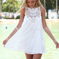 Hampton Lace Dress | Xenia Boutique