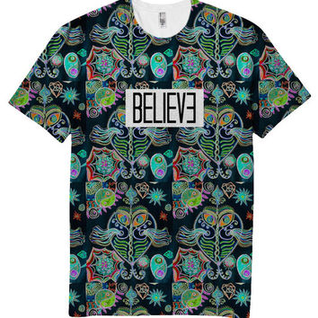 Believe UFO Neon Holographic T-Shirt