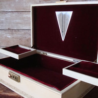 Vintage Womens Jewelry Box Cream an Gold Burgundy Inside From 50s or 60s Unique