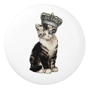 Vintage Kitty with Crown Knob
