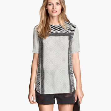 Short-sleeved Blouse - from H&M