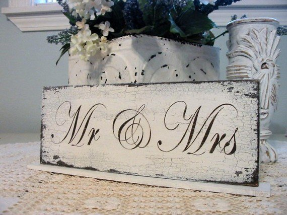 MR / MRS Self Standing Table Sign Shabby by thebackporchshoppe