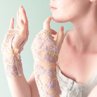 Rhapsody & camel lace fingerless gloves Romantic accessories OOAK by Jye, Hand-made in France