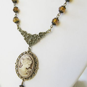 Beaded cameo necklace - vintage style jewelry - victorian necklace - crystal - for her - Europe