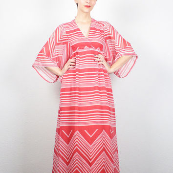 Vintage 70s Dress Hippie Dress Red White Chevron Striped Kimono Sleeve Dress 1970s Dress Maxi Dress Empire Waist Boho Dress Sundress S Small