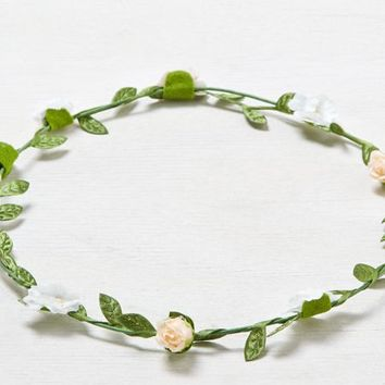 AEO Women's Flower Crown (Multi)