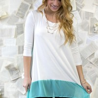 Spring Tunic Blowout! S-3XL Sizing! 7 Styles!