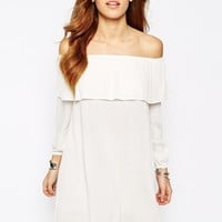 Glamorous Off Shoulder Dress With Frill Bust