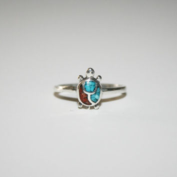 Tiny Turtle with Coral and Turquoise Vintage Ring Size 6 - FREE US Shipping