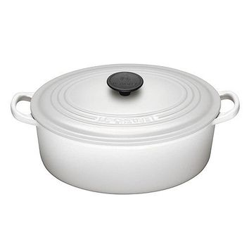 le creuset cast iron oval french oven from le domaine le. Black Bedroom Furniture Sets. Home Design Ideas