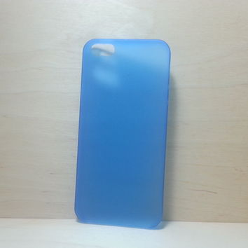 For Apple iPhone 5 / 5s Frosted Blue Super Slim 0.3 mm Hard Plastic Snap On Case
