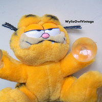 Vintage I'm Climbing Walls for You Garfield Stuffed Animal with Suction