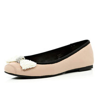 Light pink pearl bow ballet pumps