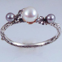 Black and White Pearl Band by luisfernando on Etsy