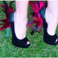 Green and Fuscia Feather Heel Condom