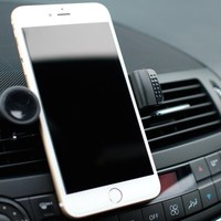 The #1 Most Trusted Car Phone Mount Envi