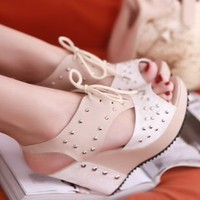 Summer Hot Sale Open Toe Rivets Strappy Design Wedges