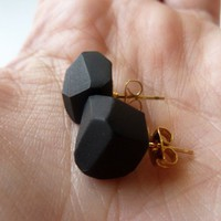 coal geo earrings by amerrymishap on Etsy