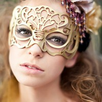 Masquerade mask in gold leather &quot;Victoriana&quot;