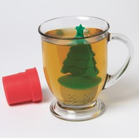 Christmas Tree Tea: Tea Infuser  - Whimsical & Unique Gift Ideas for the Coolest Gift Givers