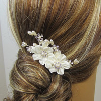 Pearl Flower Bridal Comb, Bridal hair comb, Wedding hair accessories, Bridal Headpieces, Rhinestone hair comb bridal Ready to ship