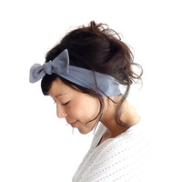 Skinny Bow Tie Hairband Grey
