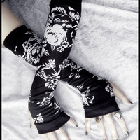Monochrome Mezereon Arm Warmers - Black &amp; White Floral - Yoga Gothic Belly Dance Goth Cycling Hooping Light Casual Lolita Running Fall Woods