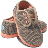 Chocolate Pop Canvas Tiny TOMS Cordones | TOMS.com