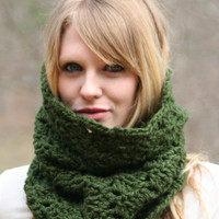 Chunky Cowl Scarf - Green Forest