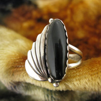 Ring - Size 9 1/4 - Sterling Silver - Onyx Ring - Feather Design - Black Stone - Signed K MTZ