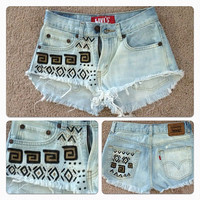 High waisted tribal print levis 26 in