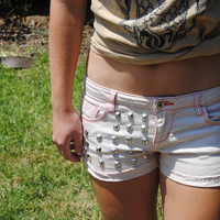 Low waisted studded pink shorts size 29
