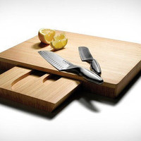 Knifes and Cutting Board Set | materialicious